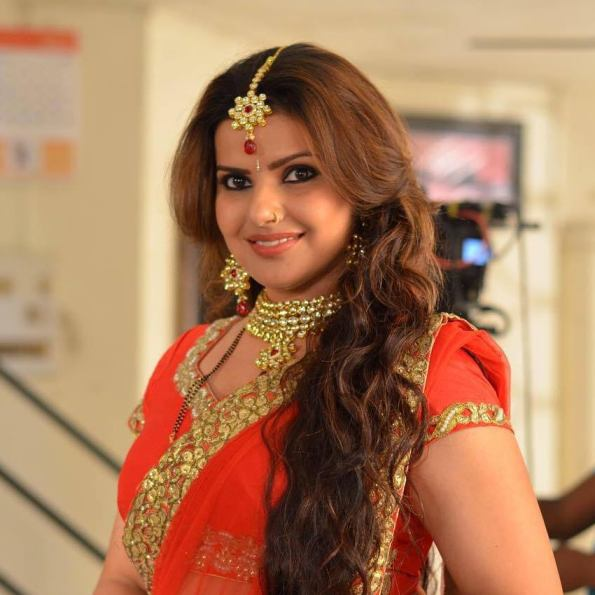 Madhu Sharma HD Wallpapers Photos Download
