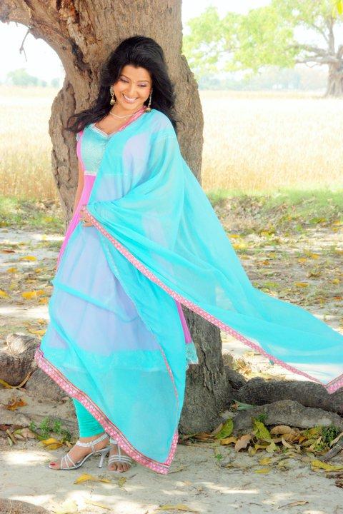 Smriti Sinha HD Photo