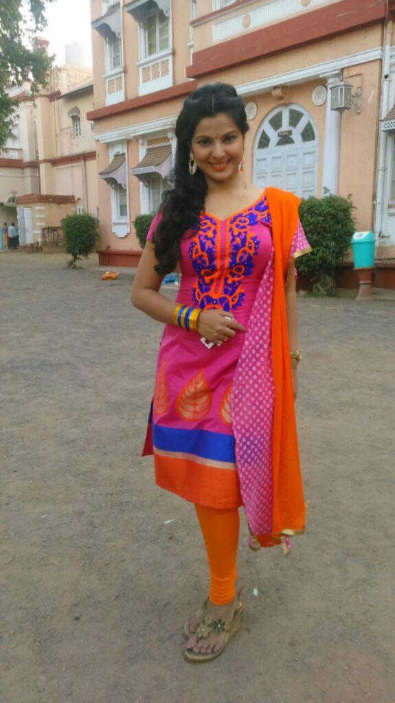 Smriti Sinha HD Image