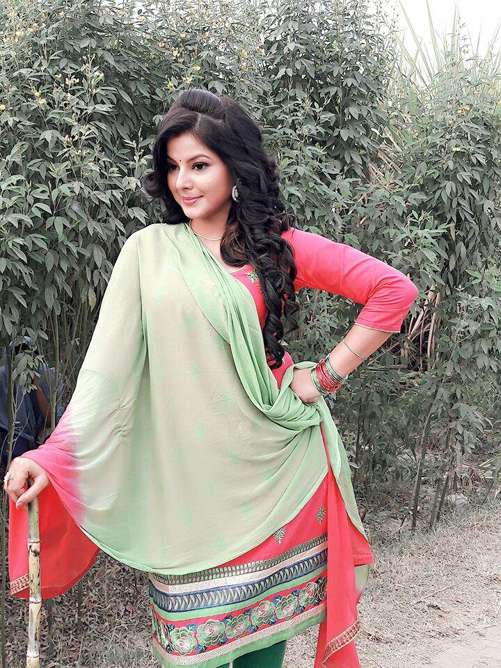 Smriti Sinha Photo