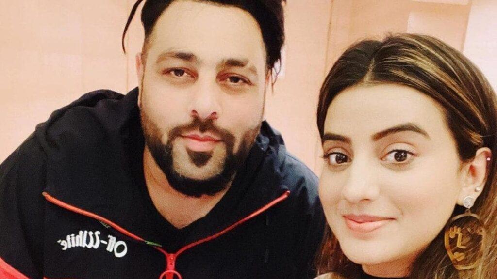 Badshah and Akshara Singh ki Photo
