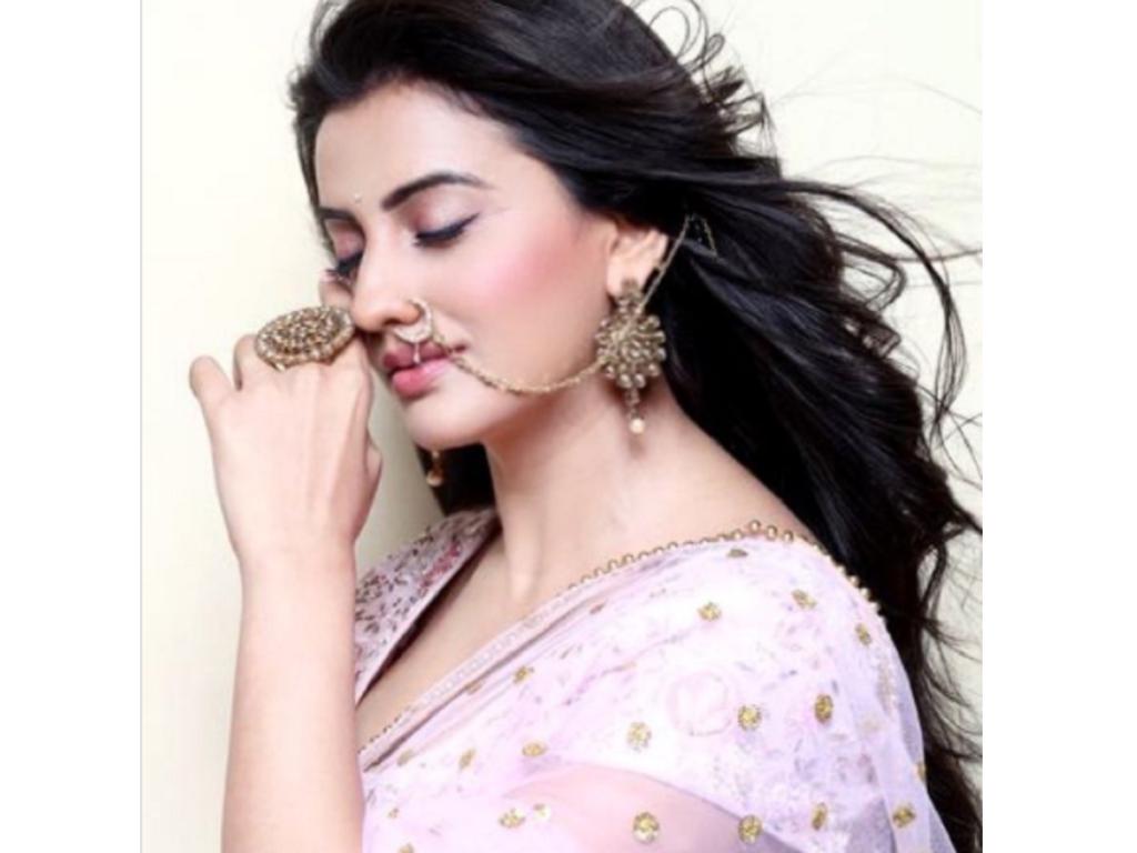 Akshara Singh ki Photo