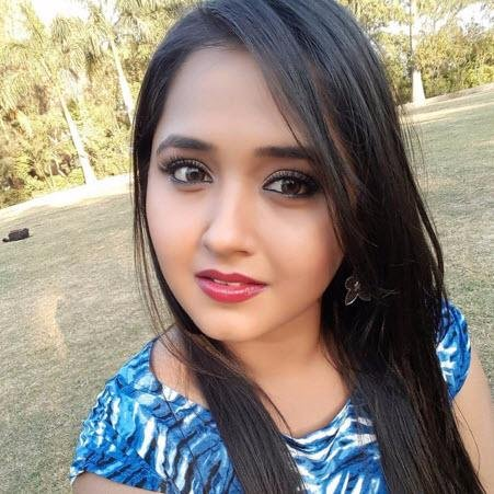 Kajal Raghwani Smile Photo