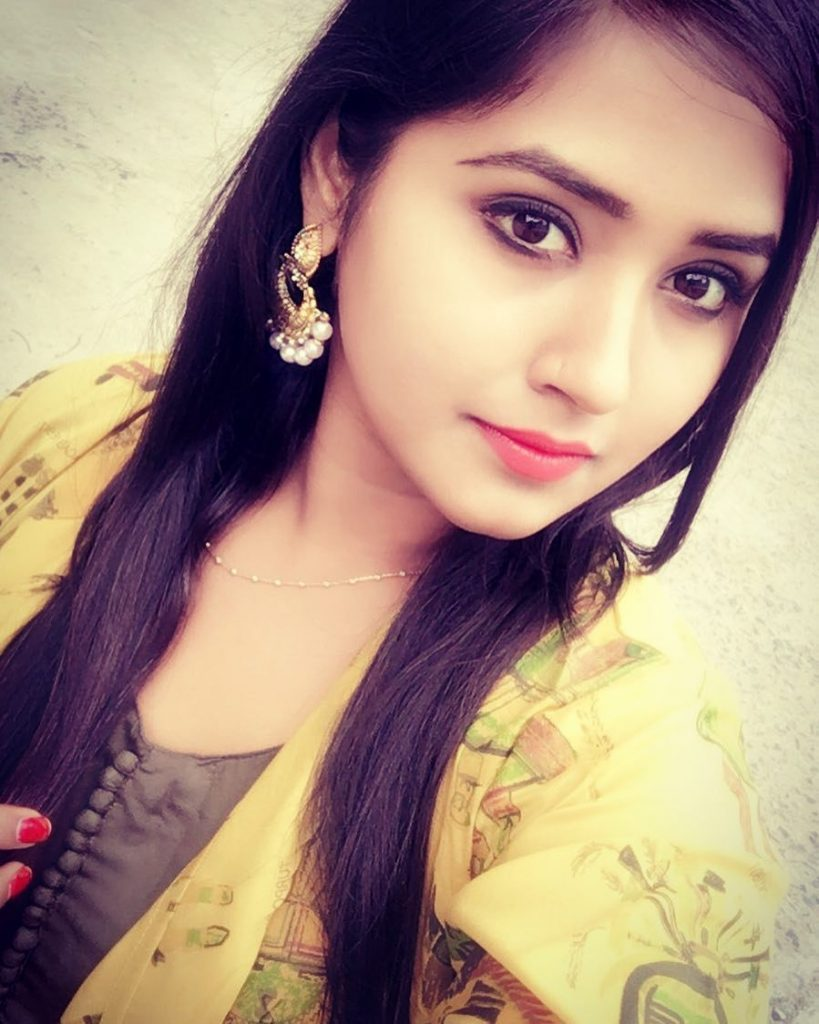 Kajal Raghwani Selfie in HD