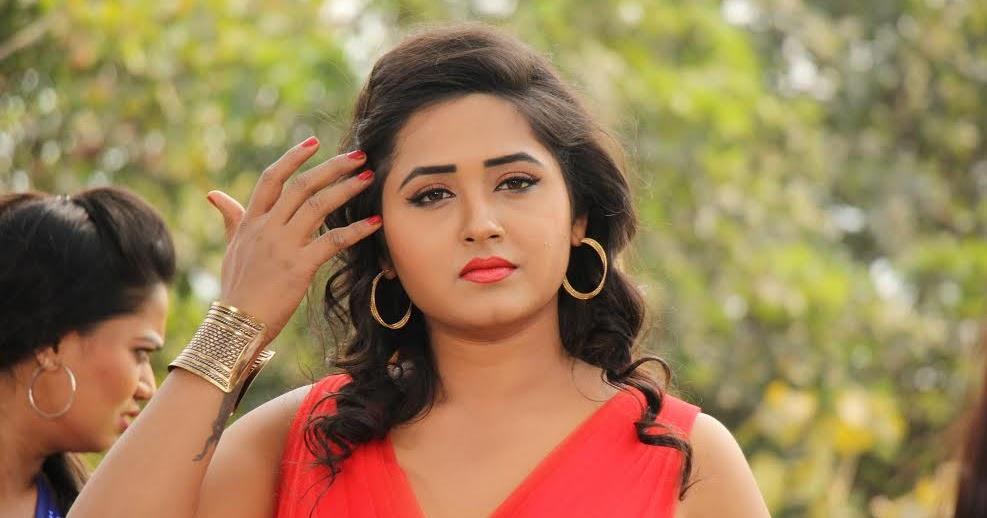 Kajal Raghwani HD Wallpapers, Photo, Images, Pictures