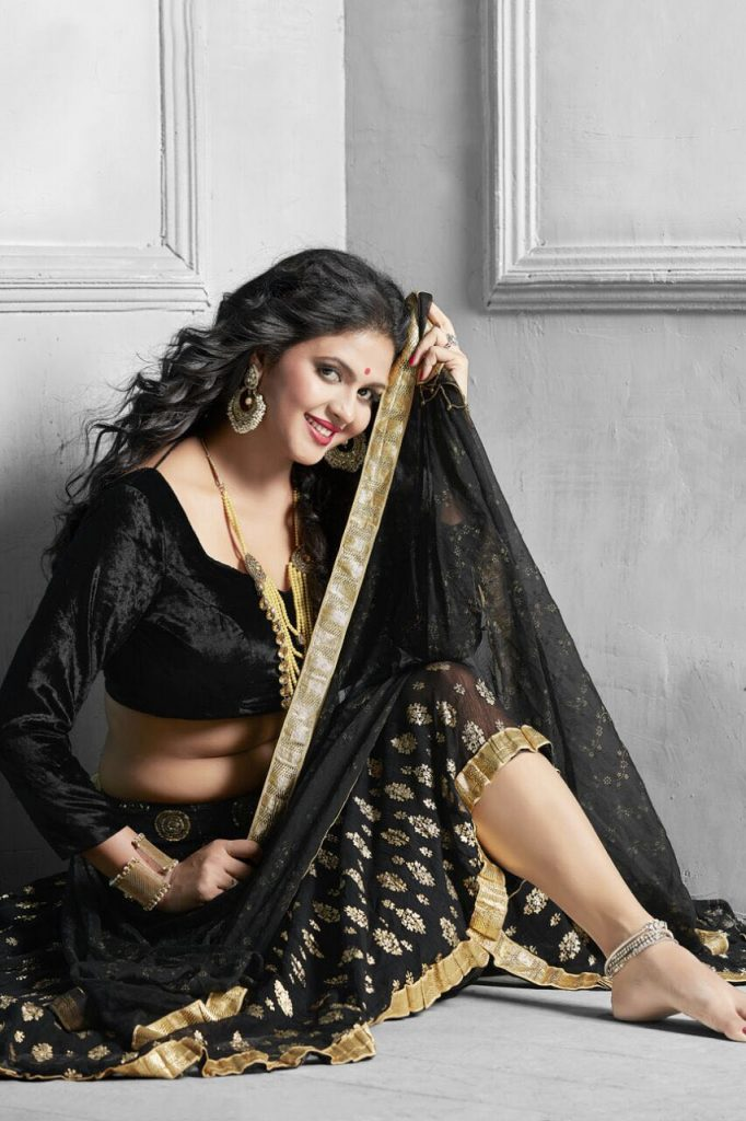 Chandni Singh Beautiful HD Wallpapers