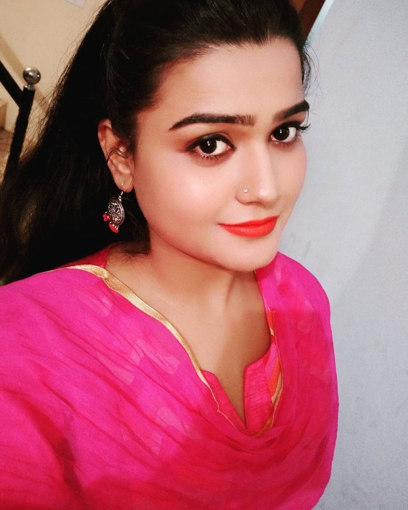 Kanak Pandey Cute HD Wallpapers