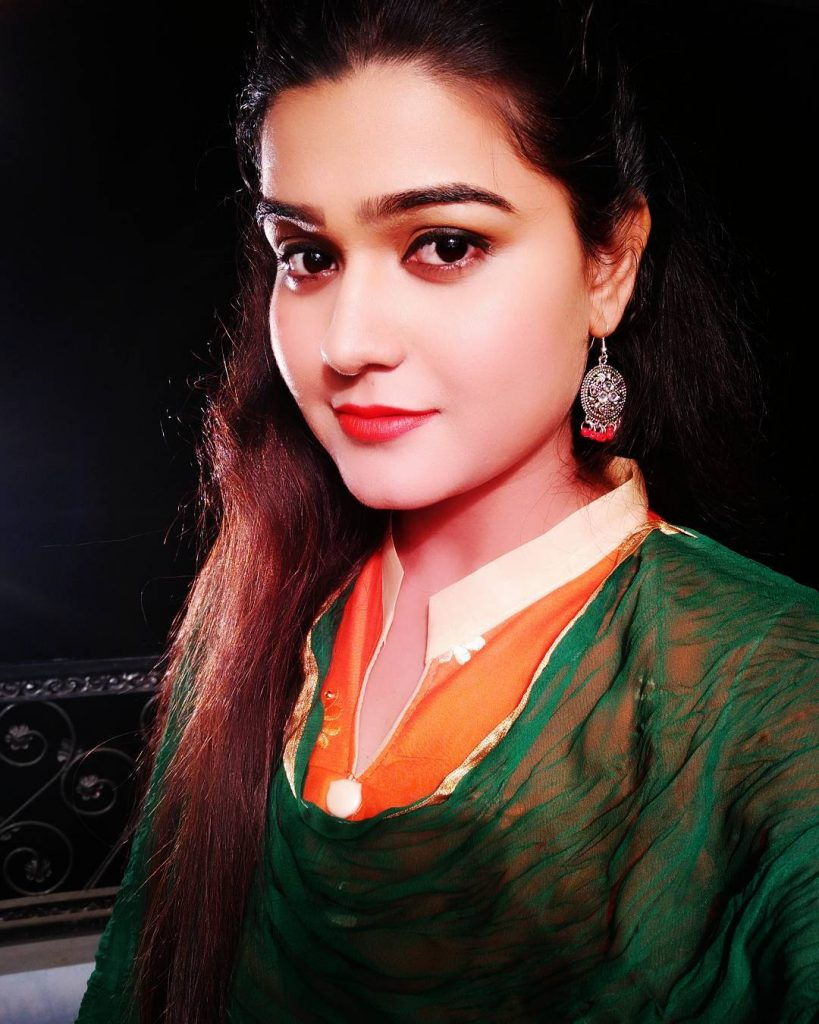 Kanak Pandey HD Wallpapers Photo Image Pic