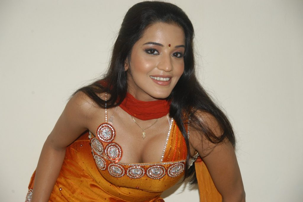 Bhojpuri Actress Mona Lisa HD Wallpapers, Image, Photo, Pics, Picture
