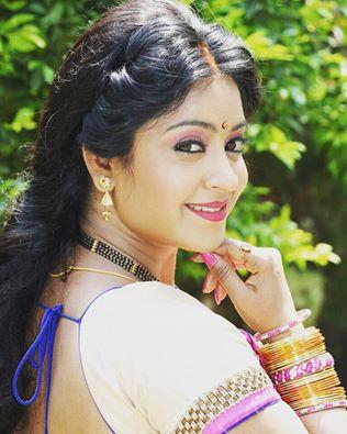 Shubhi Sharma HD Photo