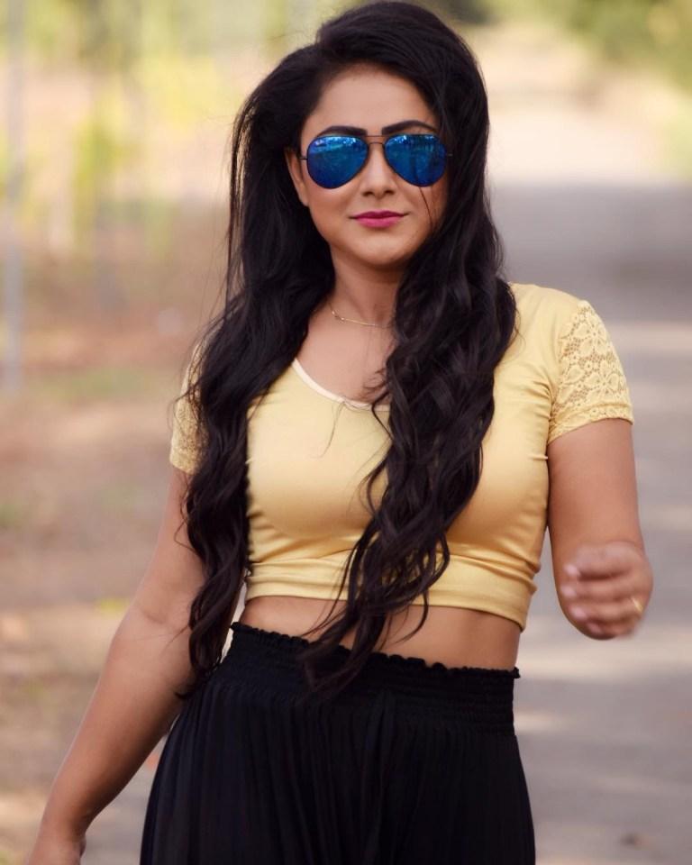 Priyanka Pandit Bhojpuri Full HD Wallpaper, Photo, Image, Pic