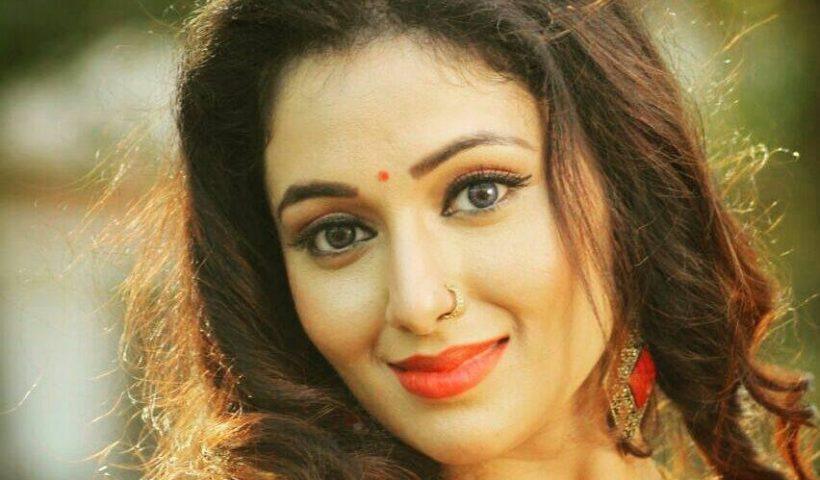 Mani Bhattachariya Photo, Hot Images, Wallpaper
