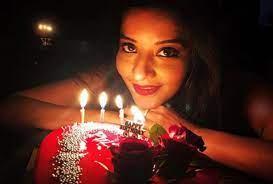 Monalisa Birthday Photo